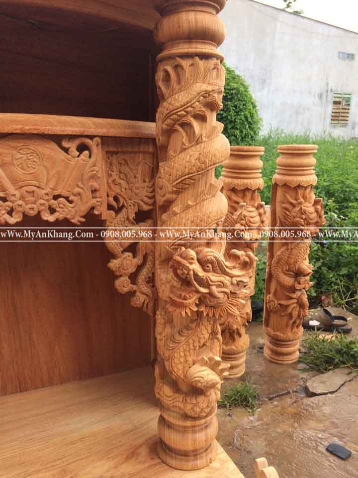 Cột rồng 14 bàn thờ ông địa thần tài