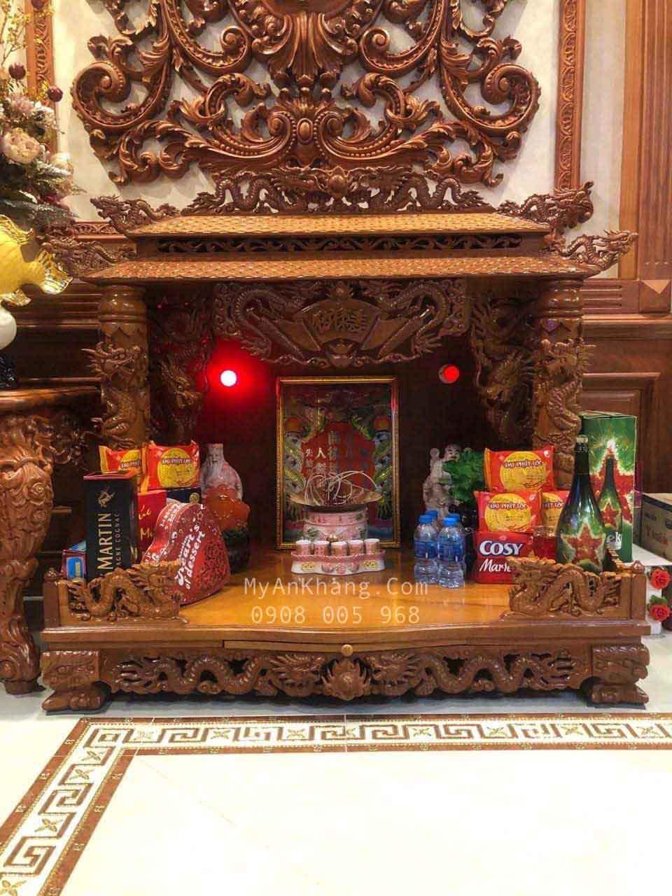 Bàn thờ thần tài mái chùa đẹp nhất Sài Gòn