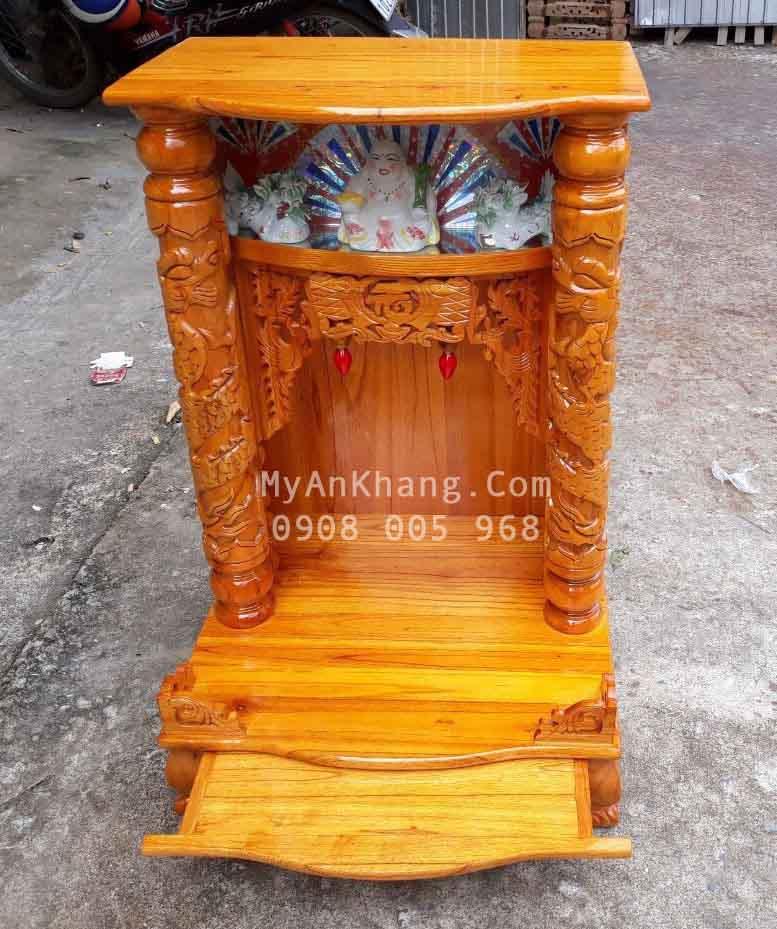 Bàn thờ thần tài gỗ xoan đào