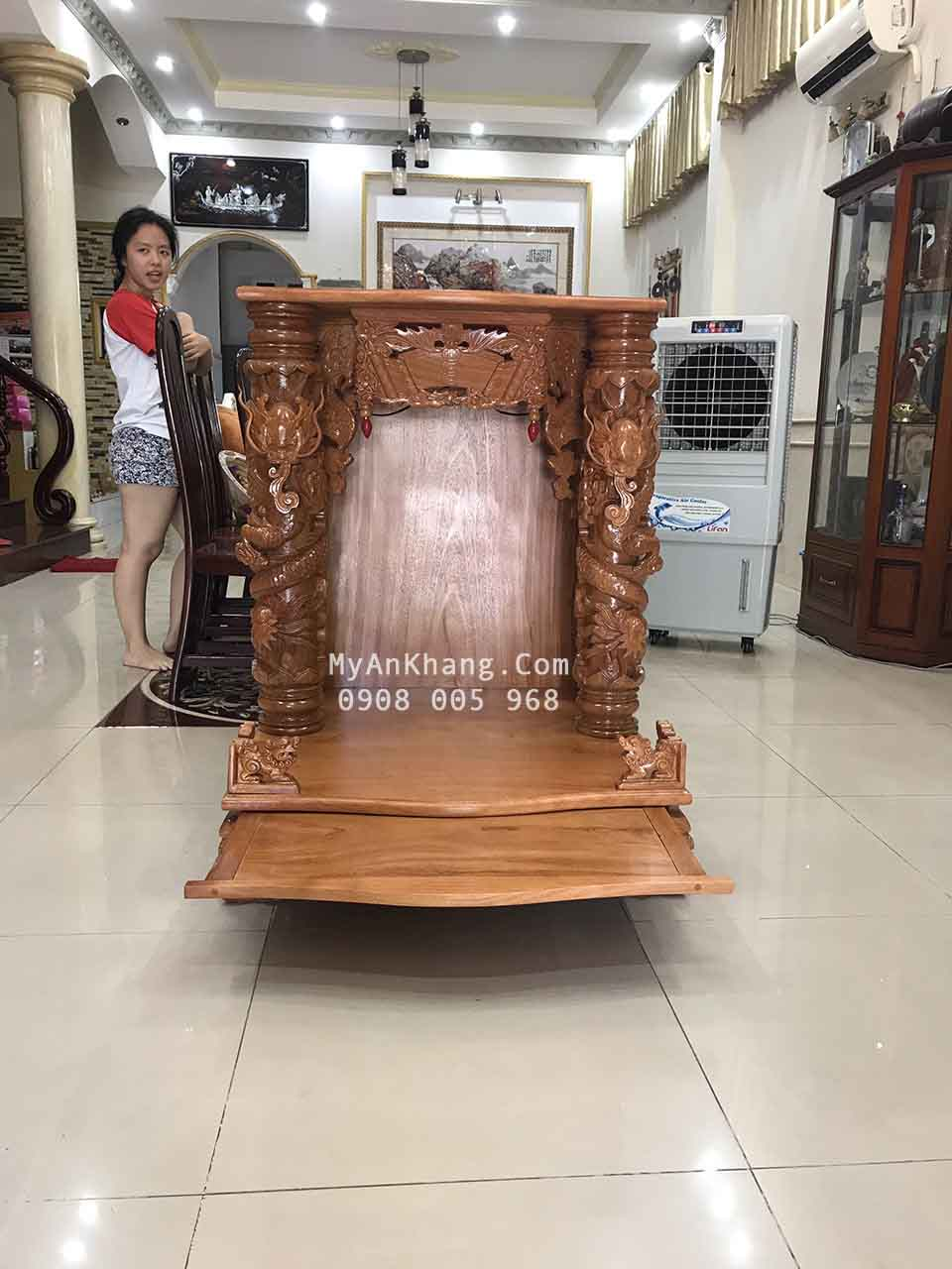 Bàn thờ thần tài đẹp tại quận 9 TPHCM