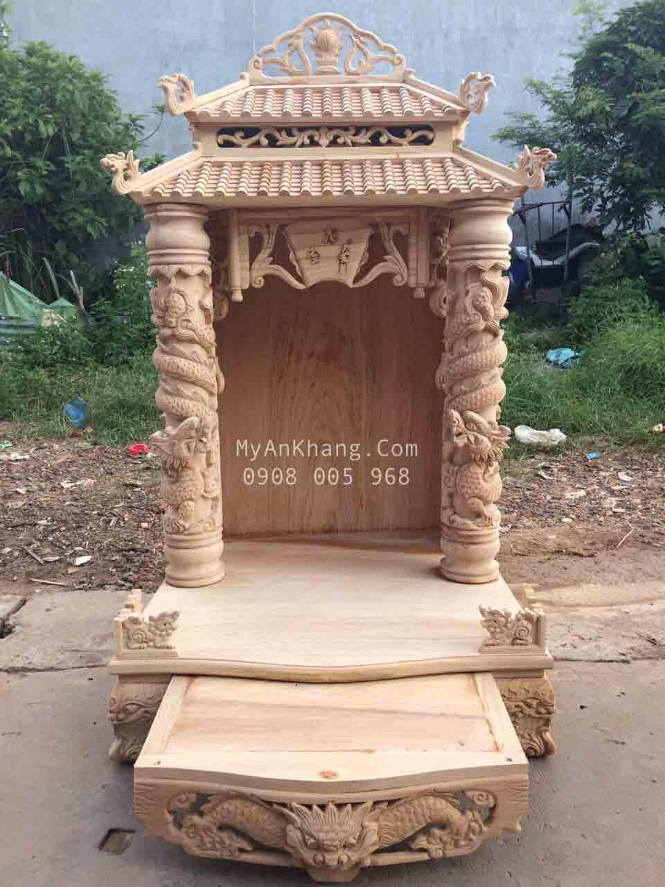 Bàn thờ thần tài mái chùa đẹp cột rồng 14