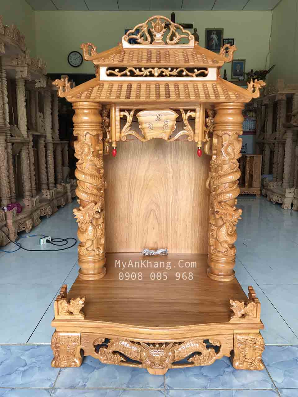 Bàn thờ thần tài ông địa Quảng Nam
