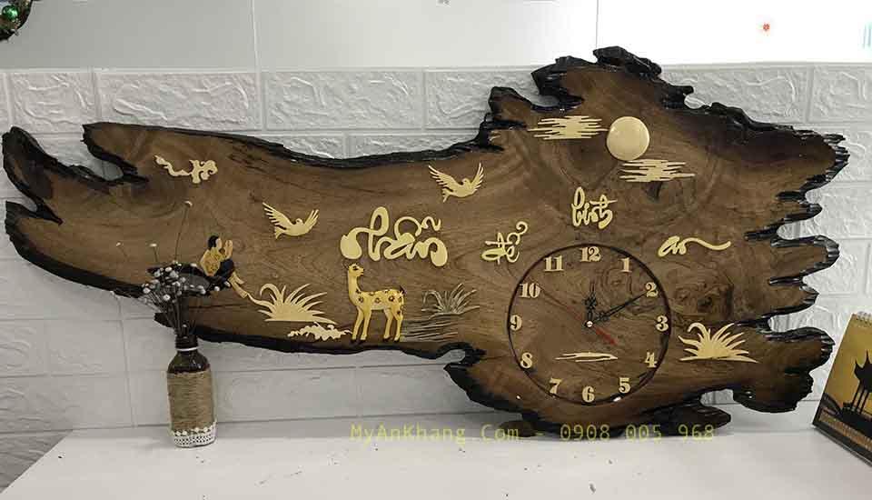 Đồng hồ gỗ chữ thư pháp nhẫn để bình an