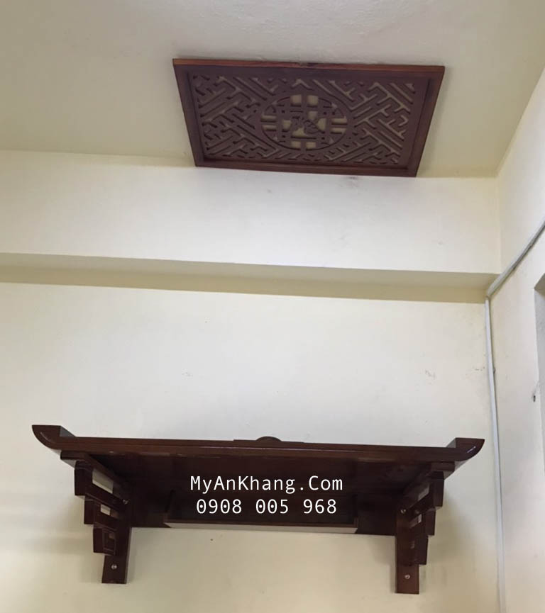 Lắp đặt bàn thờ treo tường và tấm chắn khói