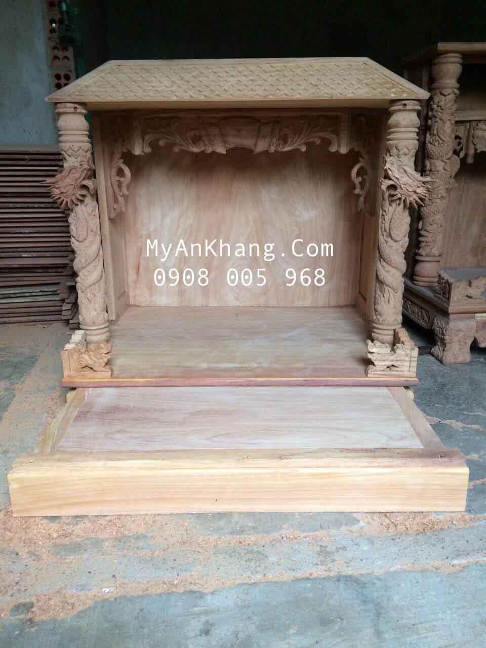 Xưởng mộc sản xuất bàn thờ thần tài đẹp độc