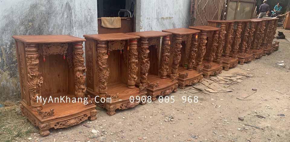 Xưởng sản xuất bàn thờ thần tài gỗ hương tại TPHCM