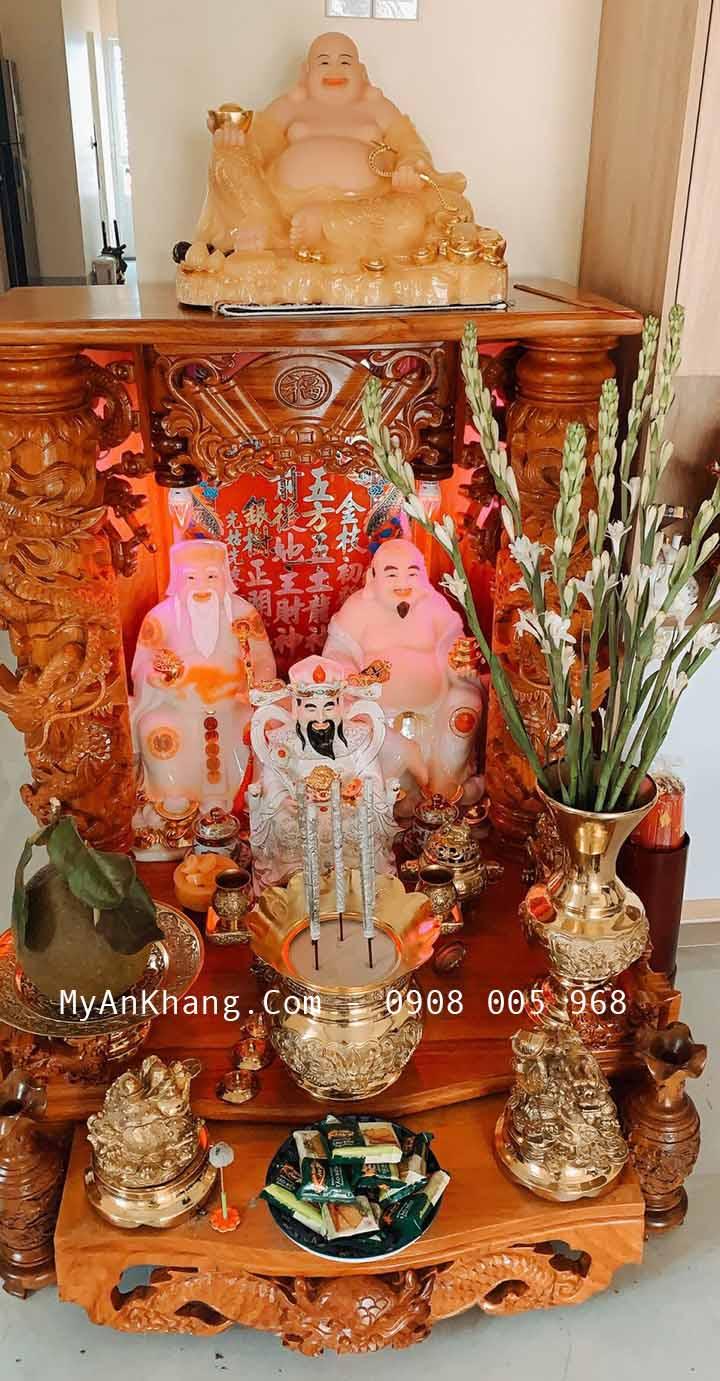 Cách đặt tượng di lặc đẹp trên bàn thờ thần tài ông địa