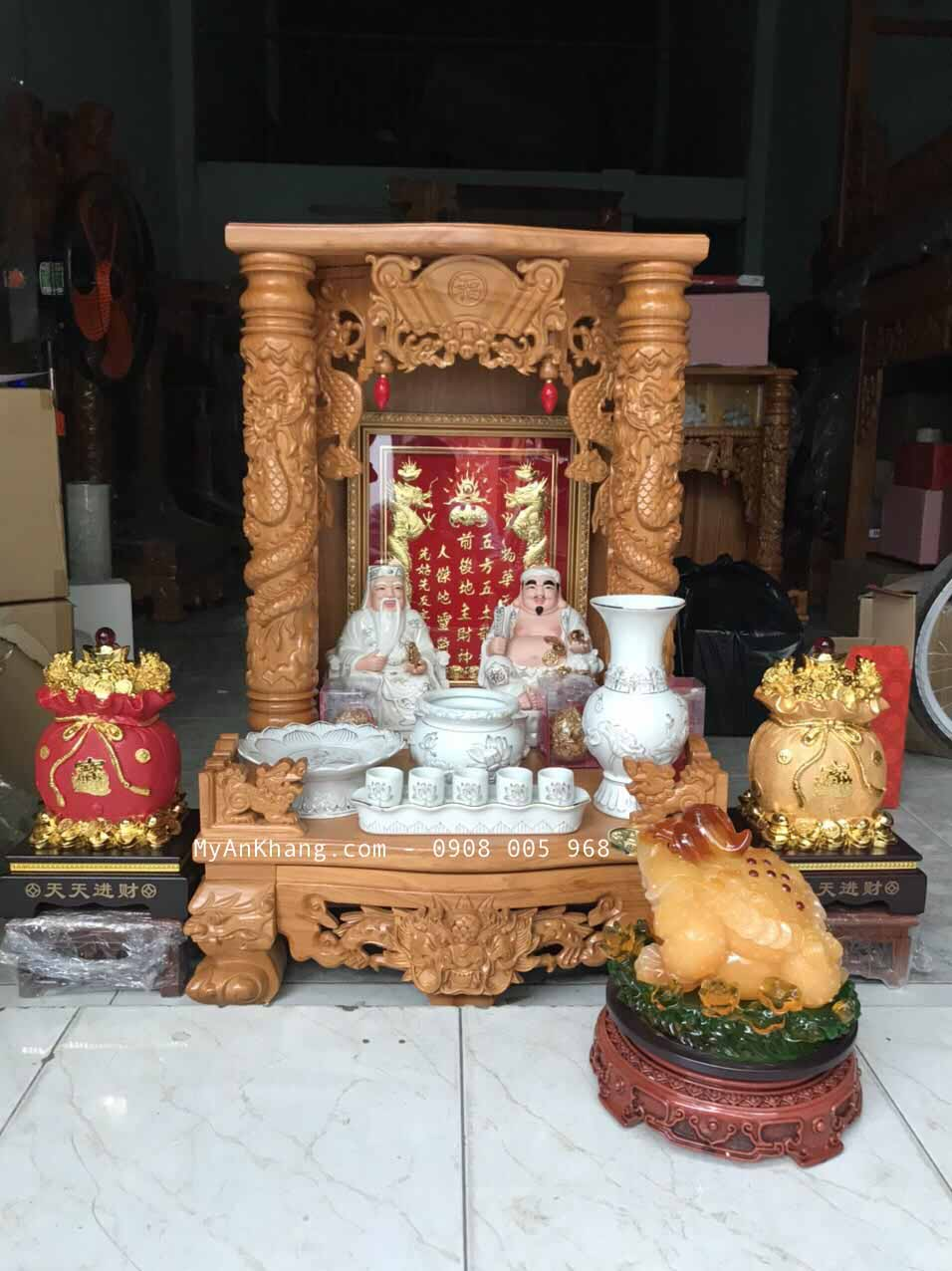 trọn bộ bàn thờ ông địa Nguyễn Chí Thanh