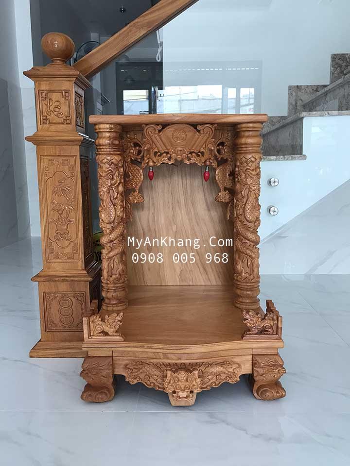 Bàn thờ ông địa quận Tân Phú